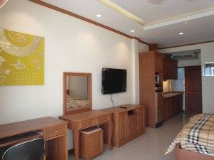 班苏安拉拉纳工作室公寓