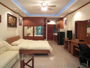 Baan Suan Lalana 公寓