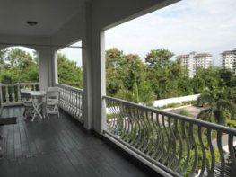 Balcon Large