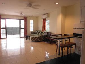 Entrance/Living Area