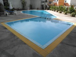 Peak Condominium Swimming Pool