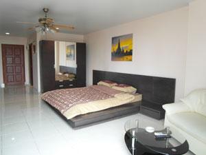 Квартира с двуспальной кроватью