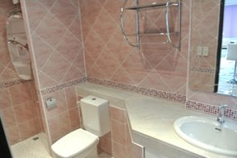Designer Modern Bathroom