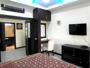 Baan Suan Lalana Apartment