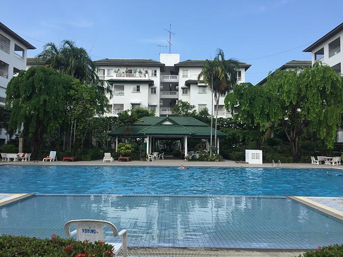 Large Swimming Pools