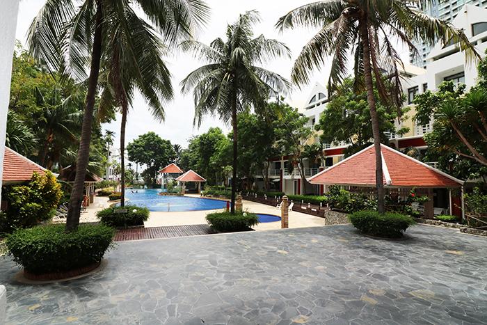 Tropische Anlage