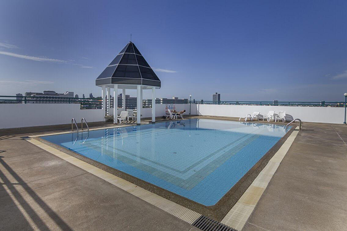 pattaya thailand pool on roof
