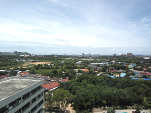 Вид на Паттайю с 15 этажа