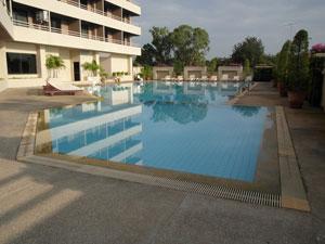 安格特游泳池
