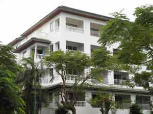 班苏安拉拉纳公寓楼