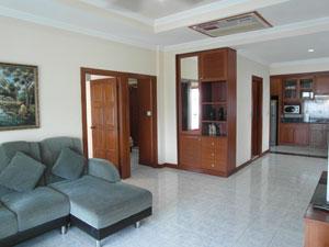 Salon Large