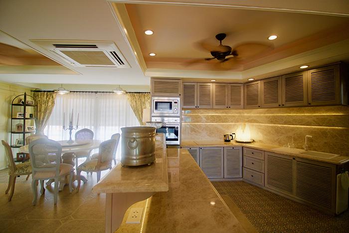 European Kitchen with Oven