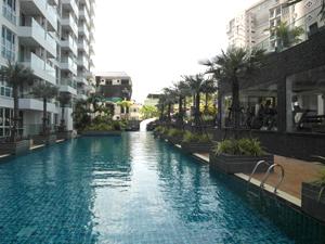 Cliff Condominium Swimming Pool