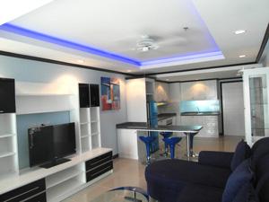 Потолки с синей подсветкой