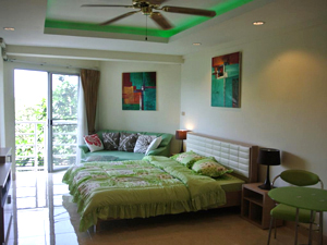 Потолки с зеленой подсветкой