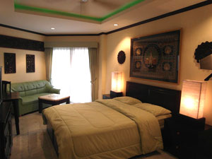 jomtien beach condominium 17 appartement pattaya tha lande. Black Bedroom Furniture Sets. Home Design Ideas