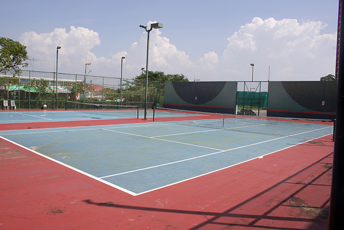 Keha Tennis Court