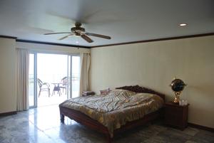 Nathesa Bedroom 1