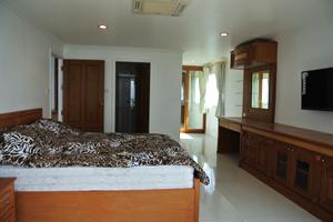 Спальня №2 с выходом на террасу