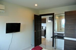 LCD ТВ в спальне 2