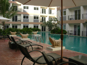 Park Lane Jomtien Resort Pool Area