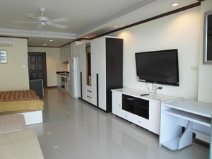 Nicely Decorated & Furnished