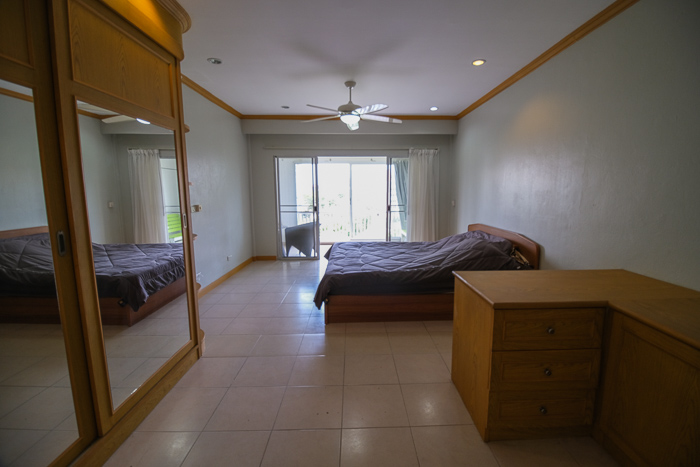Large Size Bedroom