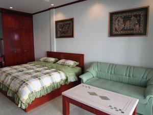 巴苏安拉拉纳公寓