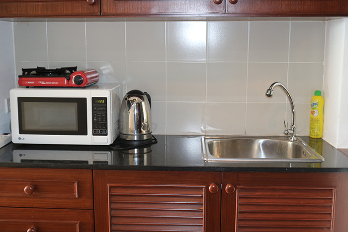 Microwave & Kettle in Kitchen
