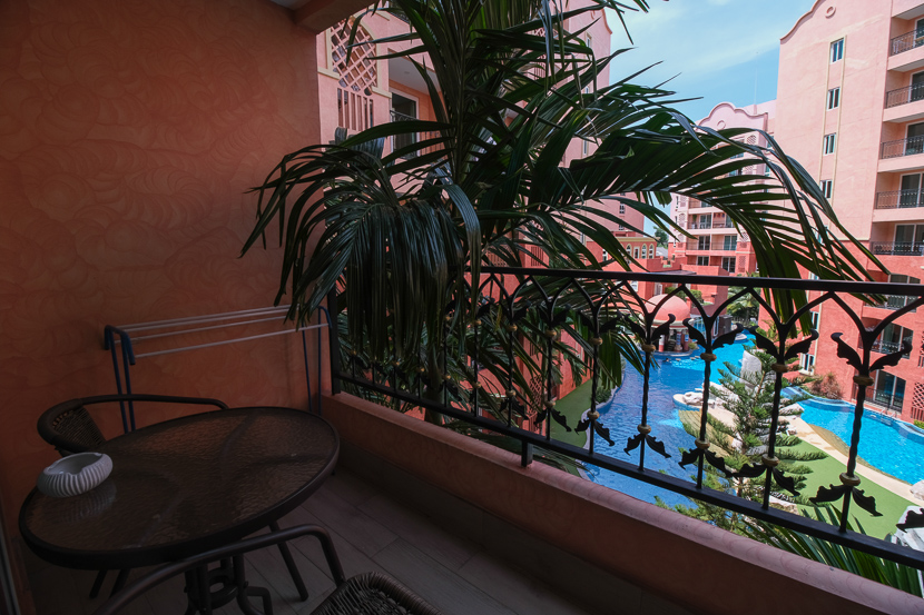 Beautiful Pool View