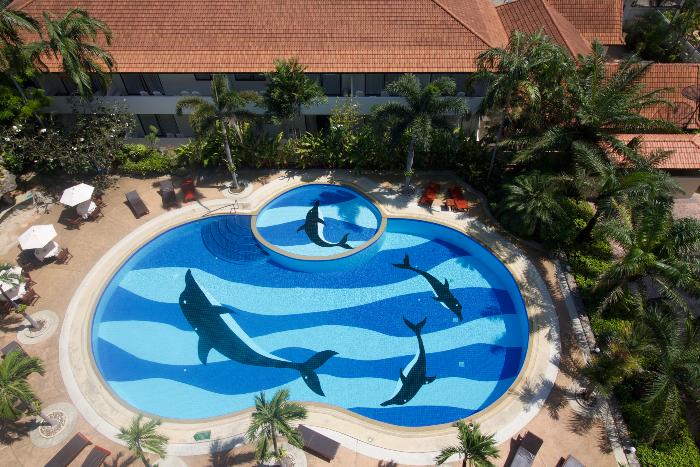Swimming Pool & Children's Pool